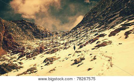 Hiking group on a trail.  Sagarmatha National Park, Nepal, Himal