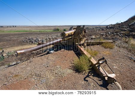 Artillery On The Golan Heights