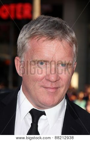 LOS ANGELES - FEB 16:  Anthony Michael Hall at the