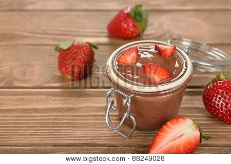 Chocolate Pudding With Strawberries
