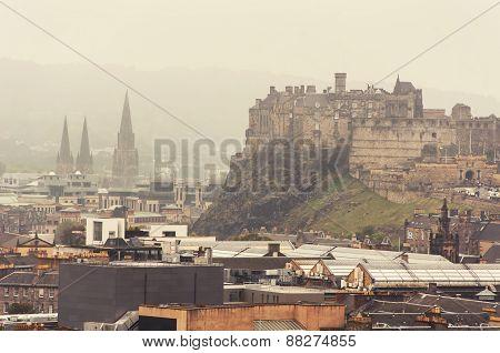 Panoramic aerial view of Edinburgh