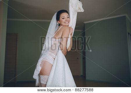 Nude Bride