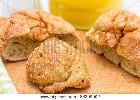 Gluten's Buns And Oat Bran (closeup)
