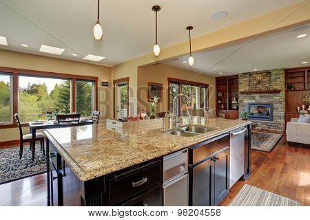 Luxury Kitchen With Bar Style Island.