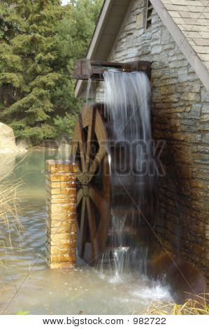 Moving Water Wheel
