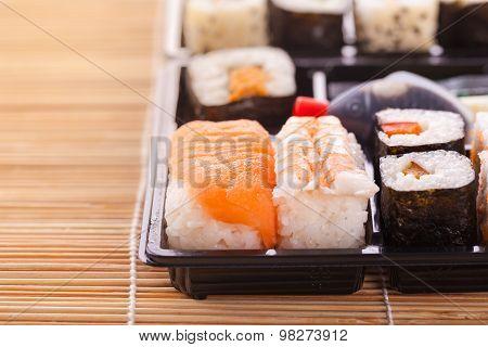 Sushi Box Detail