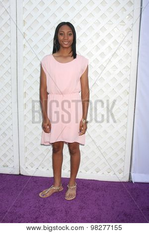 LOS ANGELES - AUG 8:  Mo'ne Davis at the 17th Annual HollyRod Designcare Gala at the The Lot on August 8, 2015 in West Hollywood, CA