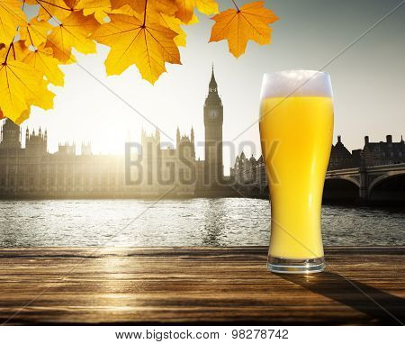 fresh  unfiltered beer and Westminster, London, UK