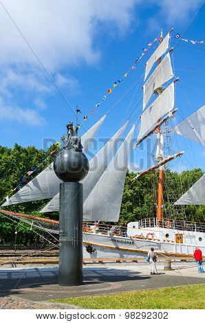 Monument To 1000Th Anniversary Of Lithuania And Sailboat