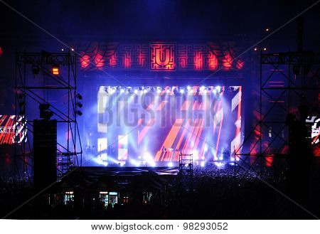 Stadium Full With Crowd