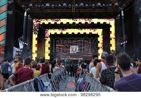 Fatman Scoop Live Concert