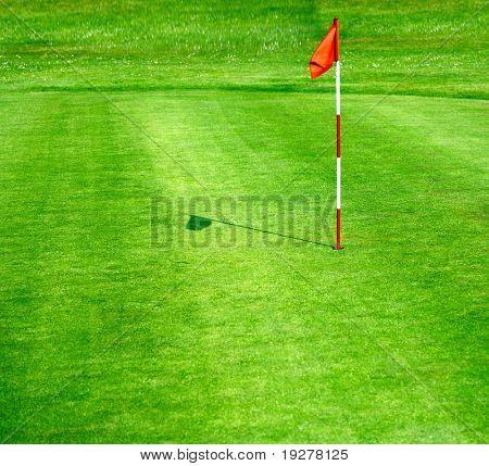 Verdes campos de golfe