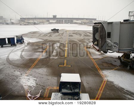Winter snow storm at a major north american airport.