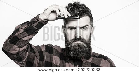 Vintage Straight Razor Barbershop Service