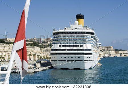 cruise at Malta port