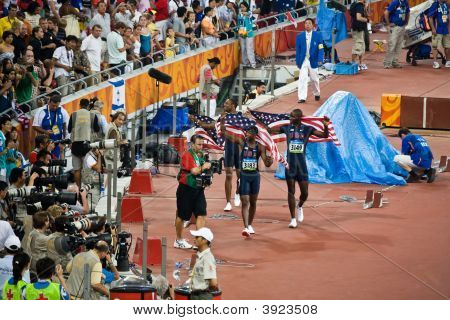 Usa Hurdlers Take Victory Lap