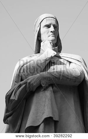 Statua Of Dante - Black And White