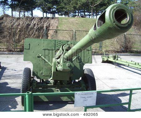 Gun 75mm