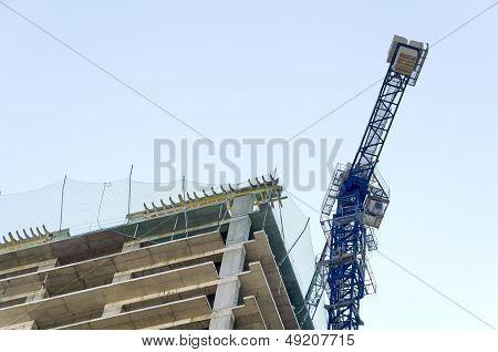 A pillar jib-crane