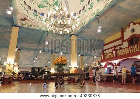 PLAYA DEL CARMEN, MEXICO - JULY 13: Main hall interior and reception of RIU Yucatan Hotel  in Playa del Carmen on July 13, 2011. RIU Hotels & Resorts has more than 100 hotels in 19 countries.