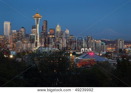 Mount Rainier, Seattle Twilight