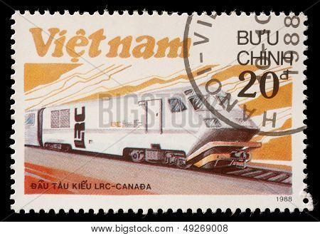 VIETNAM - CIRCA 1988: Un sello impreso en espectáculos de Vietnam que LRS locomotora producido en Canadá, circa 1988