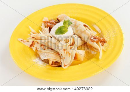 Pancakes with Ice Cream and apples
