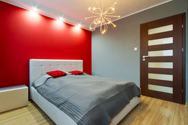pic of master bedroom  - Modern master bedroom interior - JPG