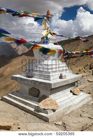 Stupa In Hanuma La Pass Zanskar Trek - Ladakh - India