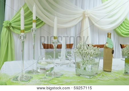 the image of an Interior of a restaurant