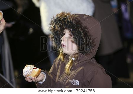 Girl with sufganiyot