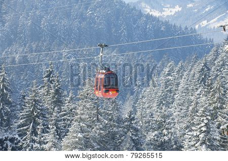Pilatus cable car leading to Pilatus mountain, Lucern, Switzerland.