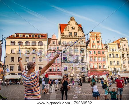 WROCLAW, POLAND - AUGUST 23: City center and Market Square in Wroclaw, Poland on August 23, 2014. Wroclaw old and a very beautuful city in Poland