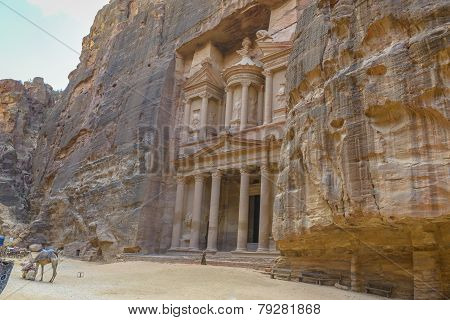 The Treasury In The  Ancient City Of Petra, Jordan