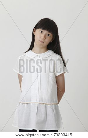 chinese girl with the doubtful expression