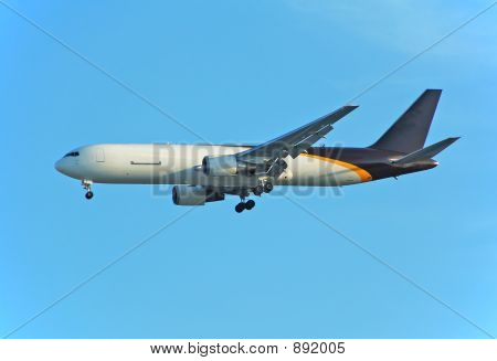 Cago Jet Delivering Mail