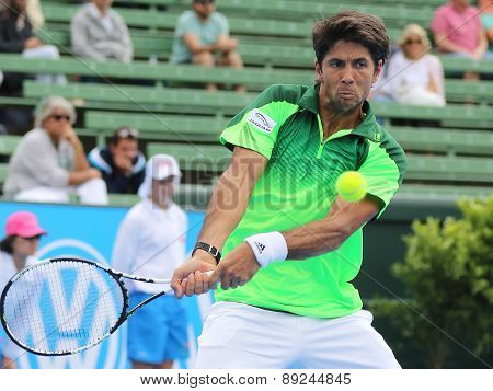 Fernando Verdasco just before Topspin Backhand Impact