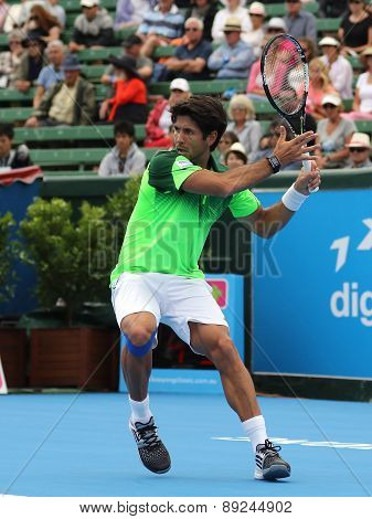 Fernando Verdasco winding up for a Forehand