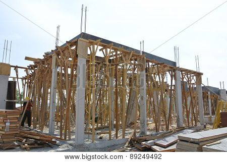 Roof beam formwork fabricated at construction site