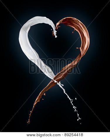 heart made from milk splashes