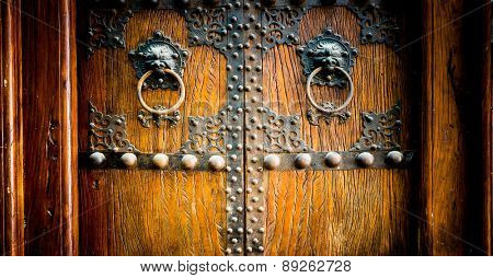 Chinese Old Door,in shanghai china.