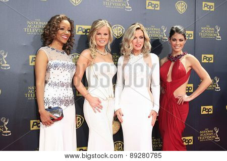 BURBANK - APR 26: Chrystee Pharris, Crystal Hunt, Donna Mills, Lindsay Hartley at the 42nd Daytime Emmy Awards Gala at Warner Bros. Studio on April 26, 2015 in Burbank, California
