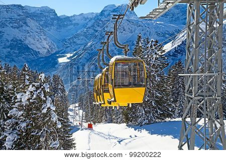 Winter in the swiss alps (Braunwald, Glarus, Switzerland)