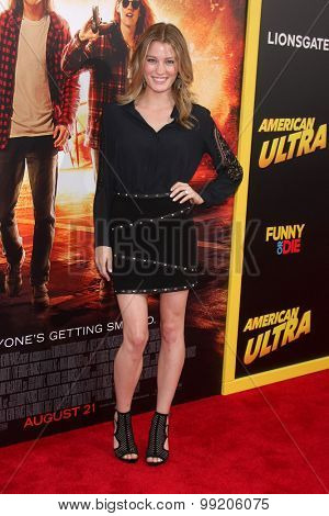 LOS ANGELES - AUG 18:  Ashley Hinshaw at the