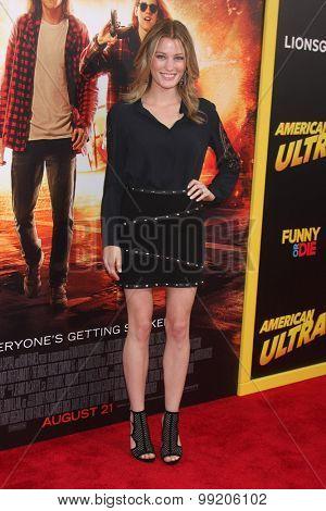 LOS ANGELES - AUG 18:  Ashley Hinshaw at the