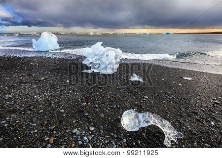 Atlantic Ocean beach near Jokulsarlon Lagoon in the south of Iceland