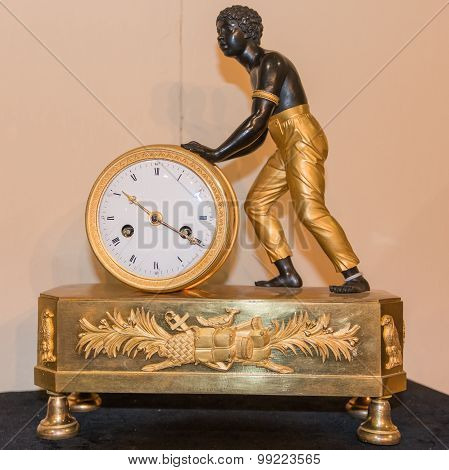 Luxurious Decorative Golden Alarm Clock