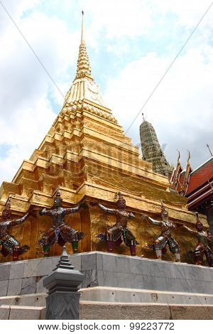 Temple of the Emerald Buddha, Grand Palace, Thailand