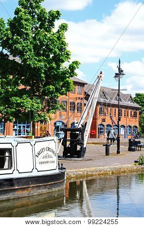 Coventry Canal Basin.