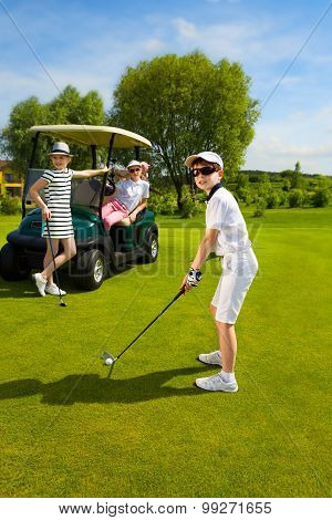Kids golf competition
